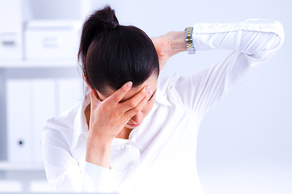 3 ways that stress causes shoulder pain